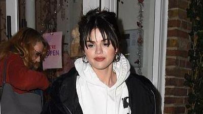 Selena Gomez được khen giống Michael Jackson khi để tóc mái lưa thưa