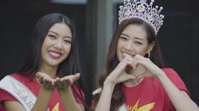 Hoa hậu Khánh Vân: 'Muốn tặng tình cảm chân thành và ôm cầu thủ U22'