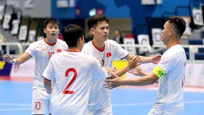 Futsal Việt Nam giành chiến thắng 3-1 trước Oman