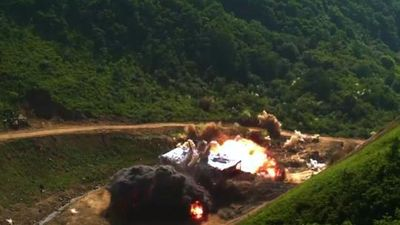 Hàn Quốc bất ngờ tung video mô phỏng tấn công phá hủy mục tiêu ở Triều Tiên