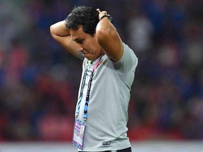 Làm khách trên thánh địa Rajamangala của Thái Lan tại lượt trận thứ 3 vòng bảng AFF Cup 2018, Indonesia đã phải đón nhận thất bại 2-4 dù sớm có bàn thắng dẫn trước.