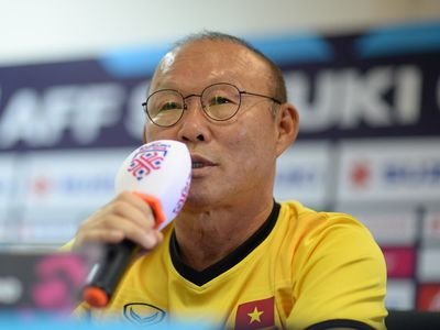 Trong cuộc phỏng vấn nhanh với trang chủ của giải đấu AFF Cup 2018, HLV Park Hang-seo tiết lộ mình hâm mộ cầu thủ Lionel Messi. Ông khẳng định Việt Nam là đội tuyển trong mơ.