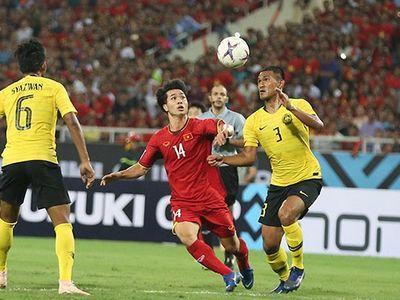 Dù phải làm khách nhưng theo bình luận viên Quang Huy, tuyển Việt Nam hoàn toàn có thể chơi tấn công phủ đầu trước Myanmar để giành 3 điểm, qua đó có vé vào bán kết sớm trước 1 vòng đấu.
