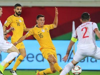 Australia đã ghi tên mình vào vòng 1/8 Asian Cup 2019 sau khi có chiến thắng kịch tính 3-2 trước Syria, đối thủ của Việt Nam trong cuộc cạnh tranh vé vớt.