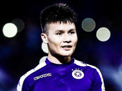 Phút 61 trong trận gặp CLB Viettel tại vòng 23 V.League diễn ra tối 15/9, Nguyễn Quang Hải đá phạt gỡ hòa 2-2 cho chủ nhà Hà Nội.