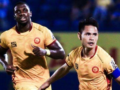 Với việc CLB Khánh Hòa thua 1-4 trước HAGL tại vòng 26 diễn ra chiều 23/10, Thanh Hóa giành quyền đá play-off để tranh suất trụ lại V.League.