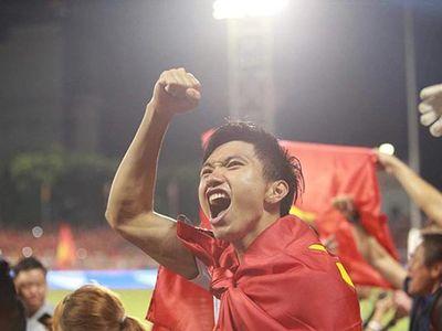 Sau pha va chạm, Evans Dimas của U22 Indonesia đã phải rời sân vì chấn thương khiến các CĐV cho rằng Đoàn Văn Hậu đã cố tình chơi xấu đối thủ.