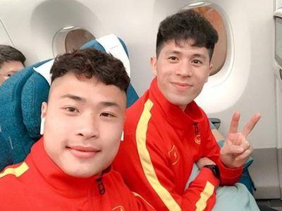 Vừa sang Hàn Quốc để tập huấn, các cầu thủ của đội tuyển U23 Việt Nam đã thi nhau chụp ảnh check-in.
