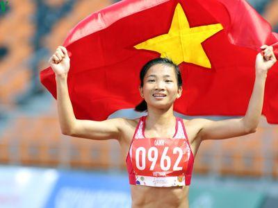 VĐV Nguyễn Thị Oanh - 'Cô gái vàng' của Thể thao Việt Nam chúc Tết độc giả của Báo điện tử VOV nhân dịp năm mới 2020.