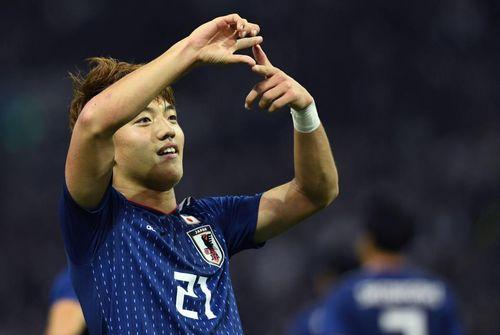 MU thưởng lớn cho Martial, Man City mua sao trẻ Nhật
