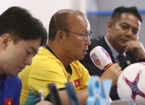 HLV Park: 'Chúng tôi sẽ làm hài lòng người hâm mộ Việt Nam'