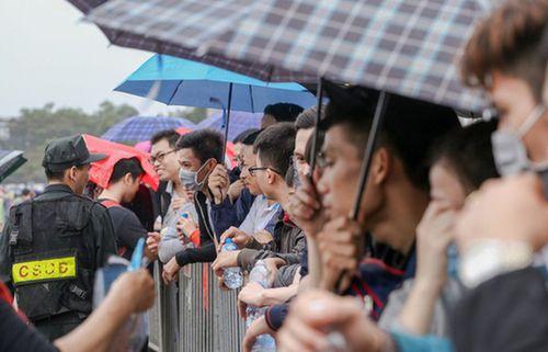 Cớ sao VFF hành xác cổ động viên Việt Nam đến vậy?