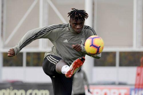 Dàn sao Juventus miệt mài luyện sút bóng sống trước vòng 13 Serie A
