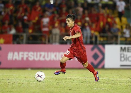 Hình ảnh cầu thủ Việt Nam ăn mừng sau khi ghi bàn thắng