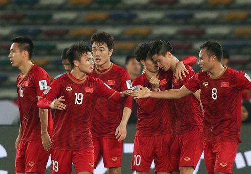 Lịch thi đấu và trực tiếp Asian Cup 2019 hôm nay: Tuyển Việt Nam vượt núi