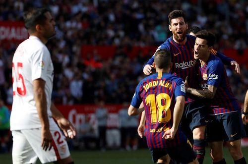 Kết quả bóng đá và bảng xếp hạng 24/2: Messi giúp Barca ngược dòng