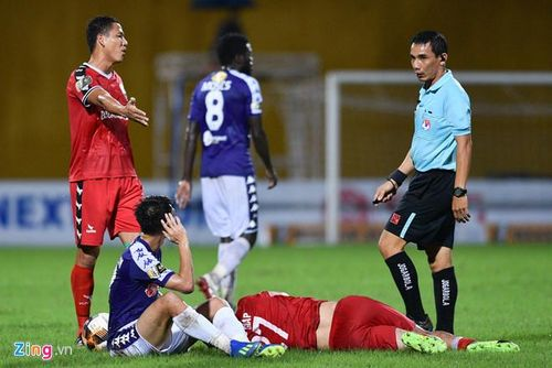 Vì sao V-League chưa áp dụng VAR
