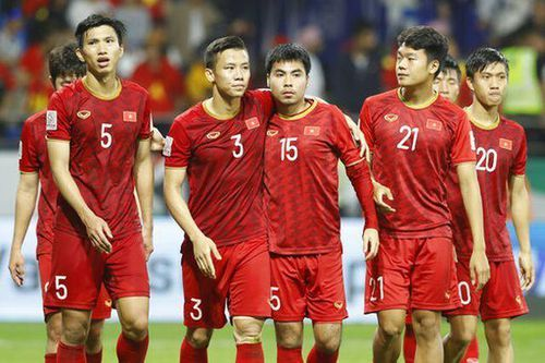 HLV Park Hang-seo có động thái bất ngờ với tuyển Việt Nam