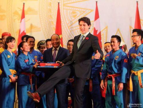 Thủ tướng Canada ấn tượng với vovinam