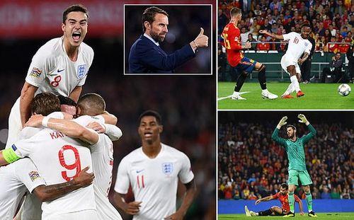 Sterling lập cú đúp, Tây Ban Nha thua đau trước tuyển Anh!