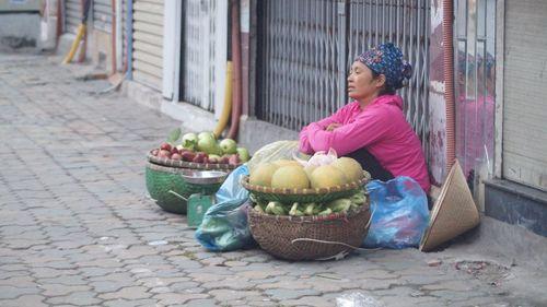 Người Hà Nội co ro trong tiết đầu Đông