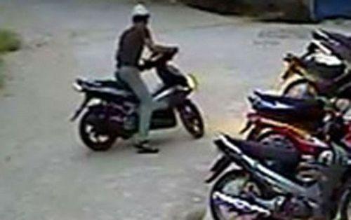 Thầy giáo lén dắt trộm xe máy nhà người quen lấy tiền trong cốp tiêu xài rồi vứt xe ở dọc đường