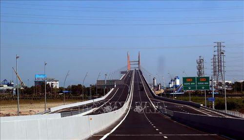 Từ ngày 1-12 được phép chạy 100km/h trên cao tốc Hạ Long - Hải Phòng