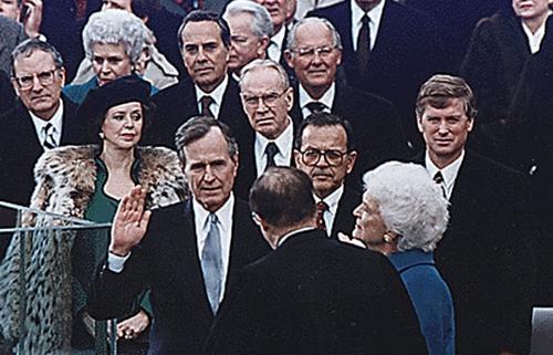 20 bức ảnh ấn tượng về cuộc đời và sự nghiệp của Tổng thống George H.W Bush