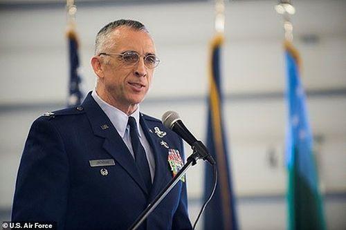 Cái kết cay đắng cho vị đại tá Mỹ liều lĩnh lái tiêm kích F-16 đi gặp nhân tình