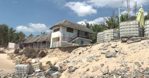 'Thủ đô resort' vắng khách vì sạt lở