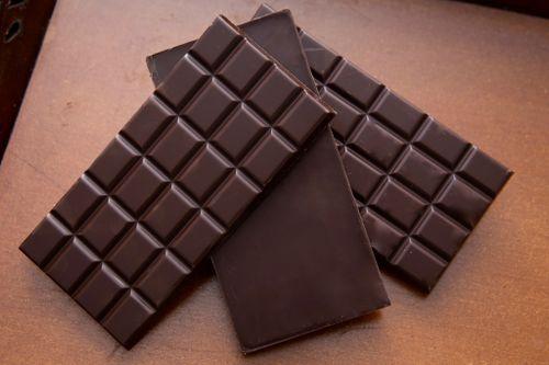Thanh chocolate đầu tiên được làm ra ở đâu?