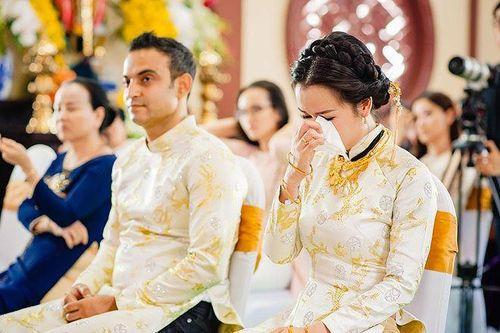 Võ Hạ Trâm chia sẻ không ngờ sau 1 tháng kết hôn chồng Tây