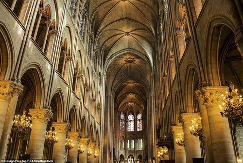 Video, ảnh: Vẻ đẹp tráng lệ của Nhà thờ Đức Bà Paris trước khi bị hỏa hoạn thiêu rụi