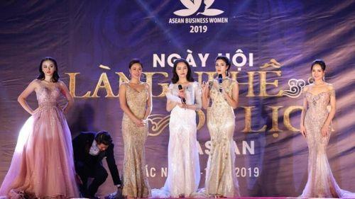 Dàn hoa hậu, người đẹp hữu nghị ASEAN 'khuấy động' miền quan họ Bắc Ninh