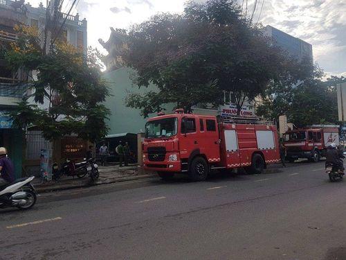 Văn phòng Đăng ký đất đai tỉnh Bình Định bốc cháy ngùn ngụt lúc rạng sáng