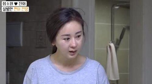 Diễn viên 'Tình dục là chuyện nhỏ' bật khóc trên truyền hình vì chồng