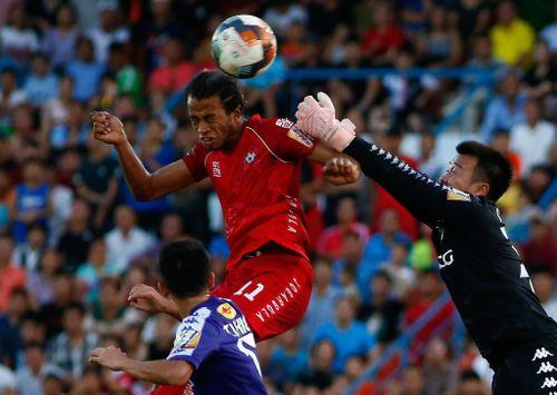 Những bàn đánh đầu trong trận CLB Hà Nội thắng Hải Phòng tại Lạch Tray