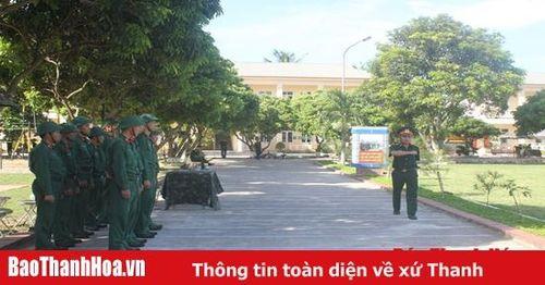 Bộ CHQS Thanh Hóa: Hội thi cán bộ huấn luyện điều lệnh giỏi