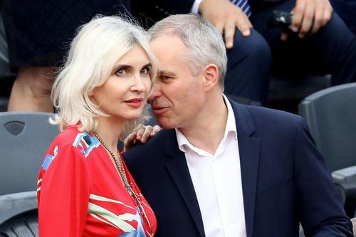 Bữa tiệc tôm hùm đe dọa sự nghiệp của bộ trưởng Pháp 'liêm chính'