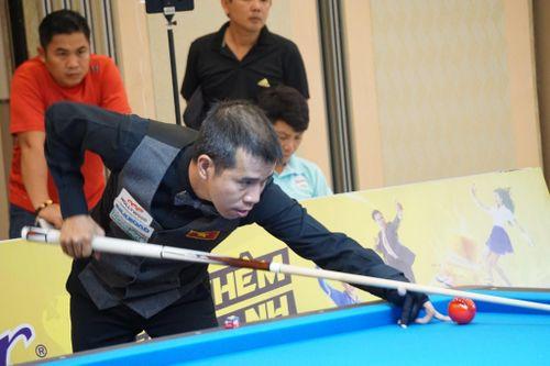 ĐKVĐ Trần Quyết Chiến thua ngay trận đầu giải Billiards Carom 3 băng quốc tế Bình Dương