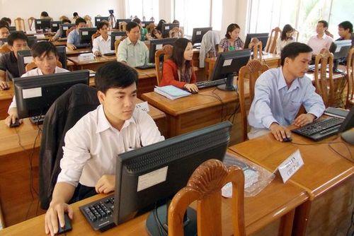 Một số điểm mới về tuyển dụng, nâng ngạch và thăng hạng CCVC