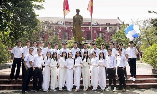 Lớp học 'đặc biệt' trong kỳ thi THPT quốc gia