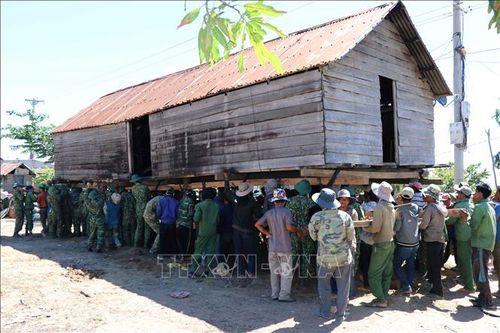 Quân dân chung sức xây dựng nông thôn mới