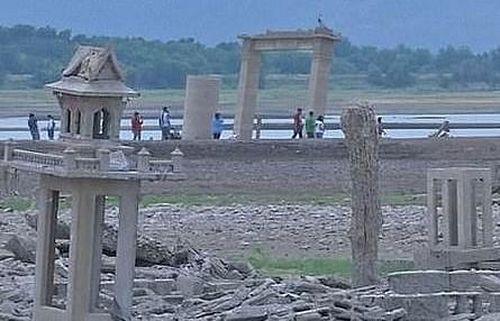 Thái Lan: Ngôi đền thiêng 'mất tích' suốt 20 năm bất ngờ 'hiện hình'