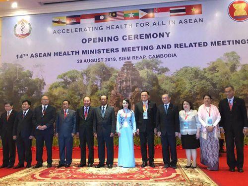 Bộ Y tế Việt Nam đề xuất 2 nhóm giải pháp chống thuốc giả, kém chất lượng