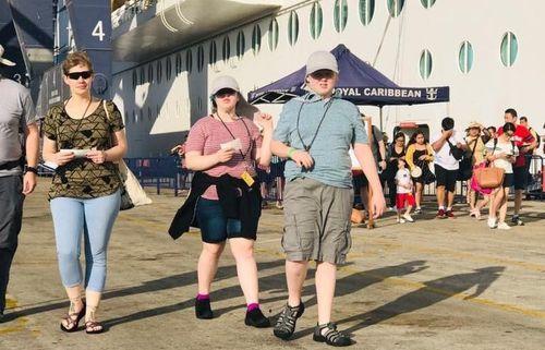 Đón 3.000 khách quốc tế đi tàu Voyager of the Seas tham quan xuyên Việt