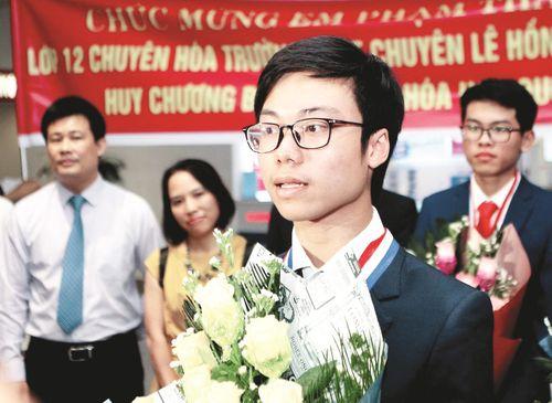 Mùa Olympic 2019: Học sinh Việt Nam đoạt nhiều kỉ lục thế giới