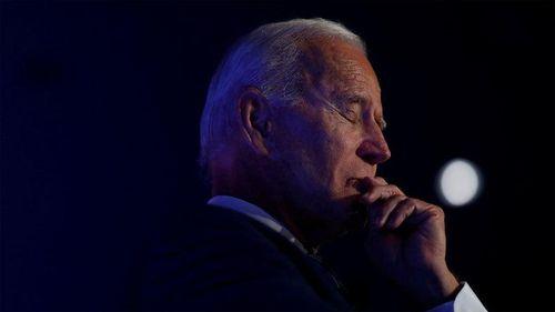 Ông Trump lại trút đòn tấn công vào gia đình Biden