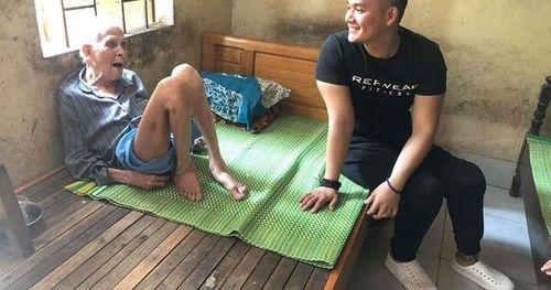 Chàng khuyết chân với tấm lòng từ thiện