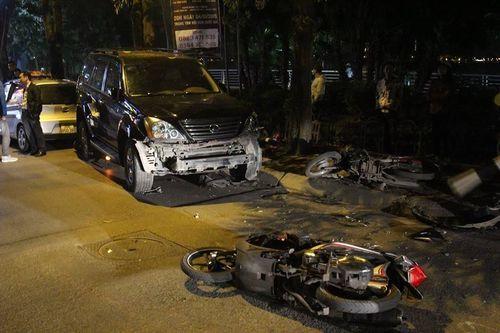 Những vụ xe sang Lexus gây tai nạn kinh hoàng